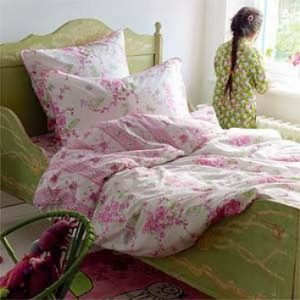 sprei bantal guling bedcover
